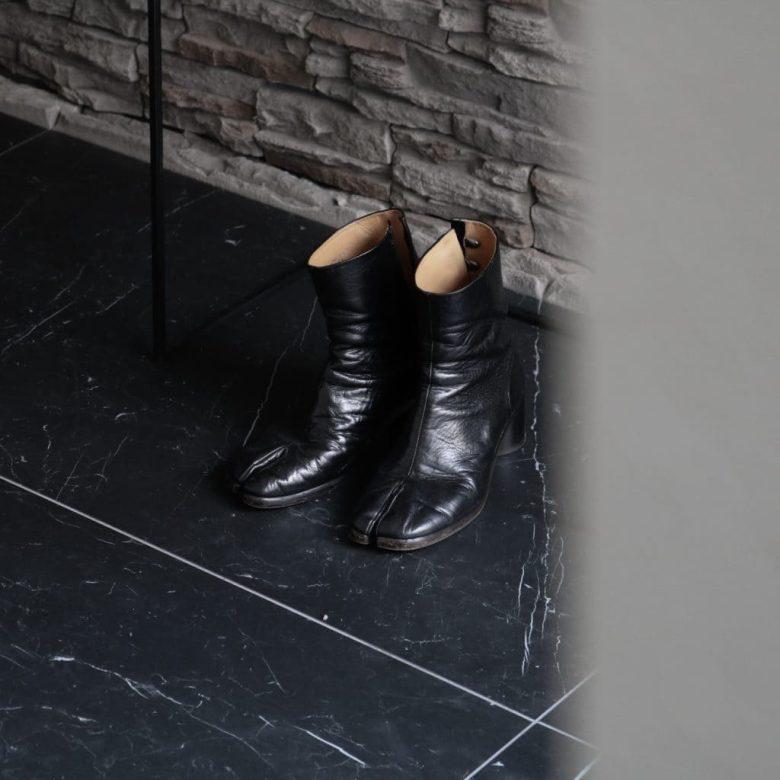【3年着用レビュー】マルジェラ足袋ブーツはなぜ人気?メンズのサイズ感やメンテナンス方法
