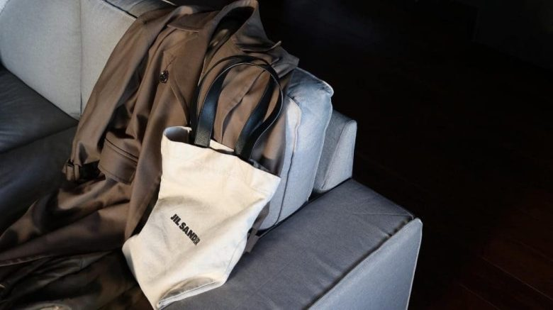【2年愛用レビュー】ジルサンダーキャンバストートバッグは大人コーデを格上げしてくれる名作