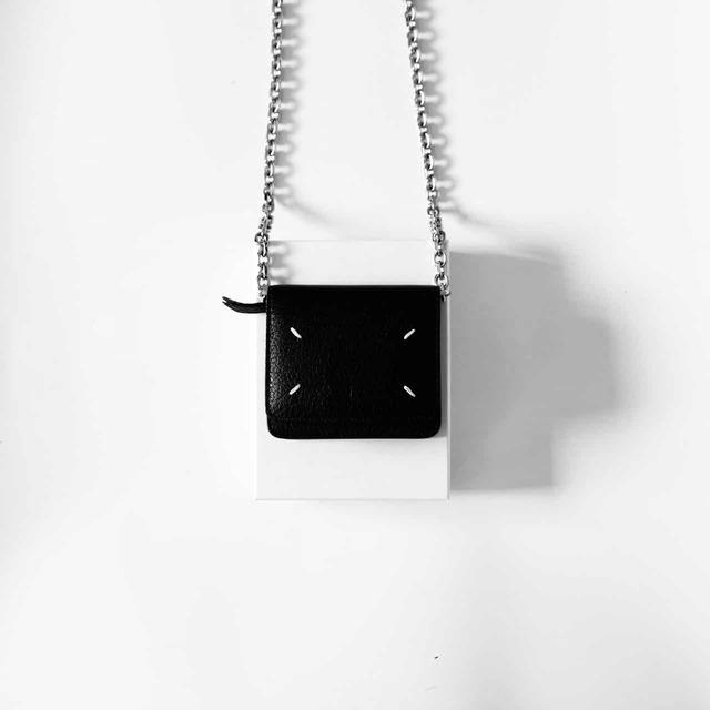 2.【インスタでも話題の財布!】チェーンウォレット(メゾンマルジェラ)