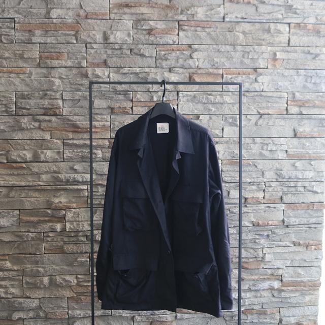 ③:流行に左右されない名品ミリタリージャケット